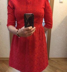 Платье красное 42-44