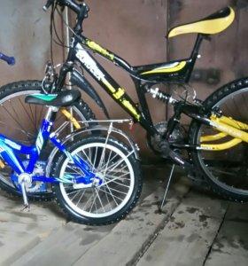 скоростной велосипед и детский
