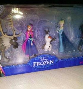 5 фигурок  Frozen disney