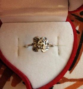 Кольцо женское размер 17,5