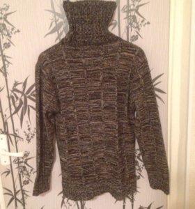 Вязаный свитер новый