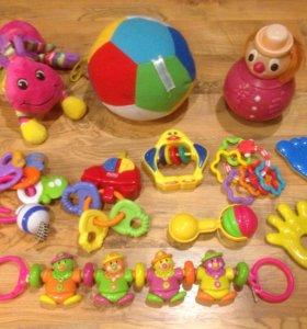 Игрушки для новорождённого