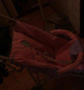 Кроватка+коляска трость за пачку памперсов за ,600
