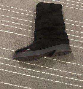 Ботинки ( не промокают, очень удобные )