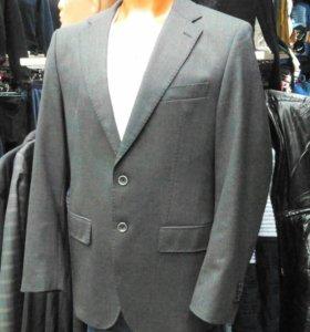 Мужской пиджак европейского бренда Bugatti 46
