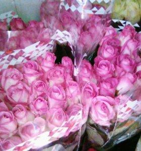 Цветы 25 розовых роз с доставкой спб