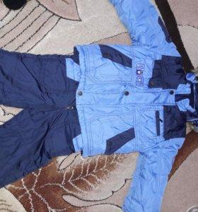 Продаю детскую куртку со штанами
