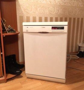 Посудомоечная машина в состоянии новой