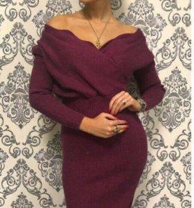 В наличии платье тёплое с шерстью очень мягкое 😍