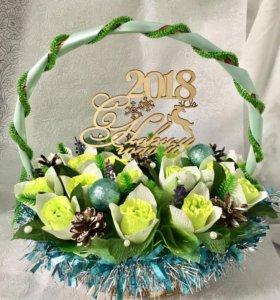 Новогодний букет из конфет» 12 месяцев»