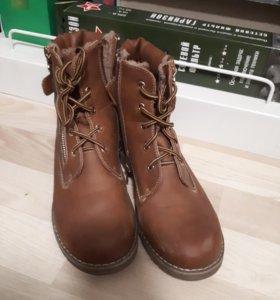 Зимняя женская обувь (ботинки),размер-40