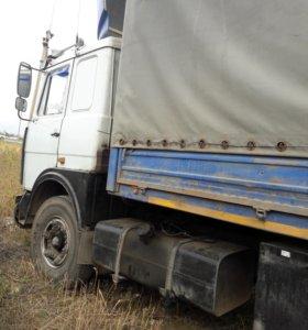 Маз фургон 2000 г.