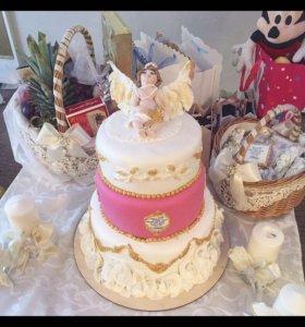 Торт,пряники и конфеты к празднику