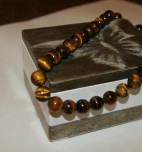 Бусы, сережки, браслеты, кольца