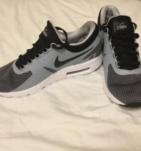 Nike AirMax zero Id