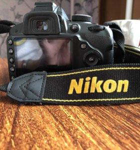 Nikon D 3200