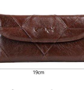 Продам дизайнерский кошелек известного бренда