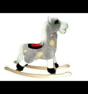 Лошадь качалка для малыша