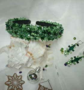 Ободок и серьги из зелёного стекляруса