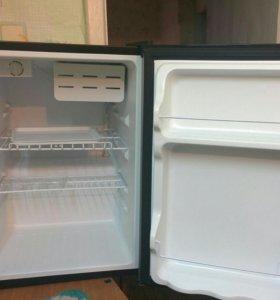 Холодильник Shivaki shrf-74CHS.