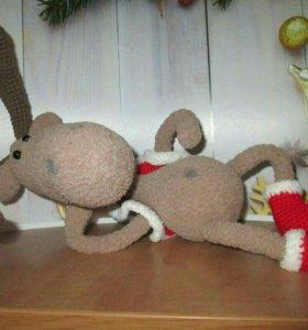 Вязанная игрушка. Новогодний олень