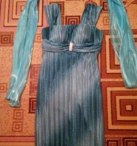 Платье вечернее. Размер 44-46