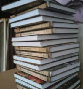 Кники 18 томов, цена 2500 р. Мировая история.
