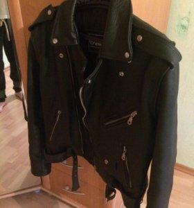 Отличная кожаная куртка