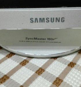 Монитор Самсунг