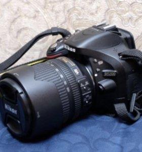 Зеркальная камера Nikon D5200 Kit 18-105mm VR черн