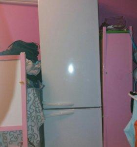 Холодильник(описание ниже)