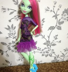 Кукла Венера Макфлайтрап Монстр Хай Monster High