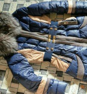 Пальто на синтепоне с воротником из чернобурки