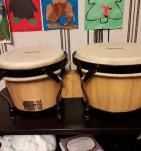 Парные барабаны бонго.