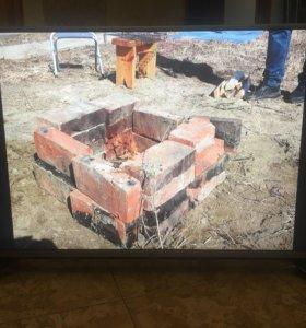 Телевизор LG 43 дюйма НОВЫЙ! Небольшой торг