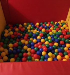 Мягкий сухой бассейн с шариками 1,6м х 1,6м