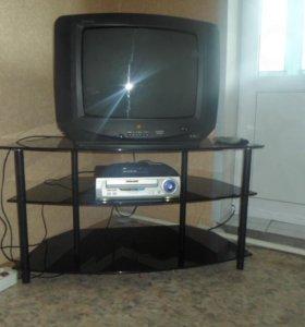 Телевизор,тумба,видеомагнитофон и приставка