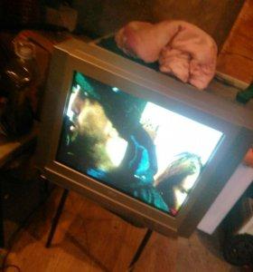 Большой телевизор AKAI
