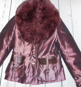 Зимняя куртка 40-42 с мехом песца