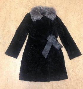 Шуба из кролика чёрная с воротом из чернобурки