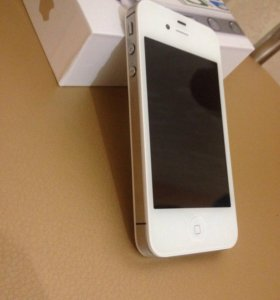 iPhone 4 S -16 GB White