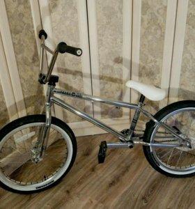 Велосипед BMX Haro Midway