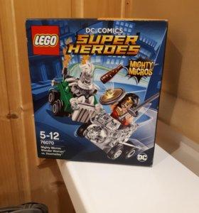 Новый LEGO Heroes76070 Чудо-женщина против Думсдэя