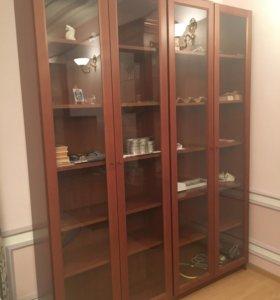 Шкаф книжный со стеклом