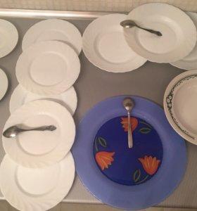 Тарелки и блюдо