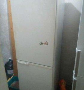 Рабочий холодильник