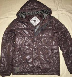 Куртка стеганая(новая)