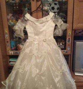 Платье для девочки пышное-праздничное