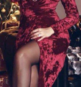 Новое платье .бархат.цвет винный .бордо