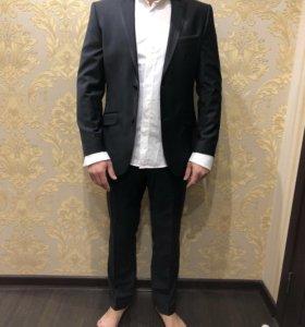 Мужской костюм(с рубашкой)